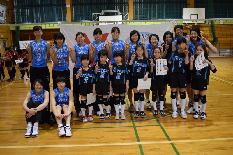 バレーボール教室(富山市萩浦小学校) KUROBEアクアフェアリーズ